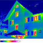 Tepelný most - snímek termografické kamery aviditelné tepelné úniky