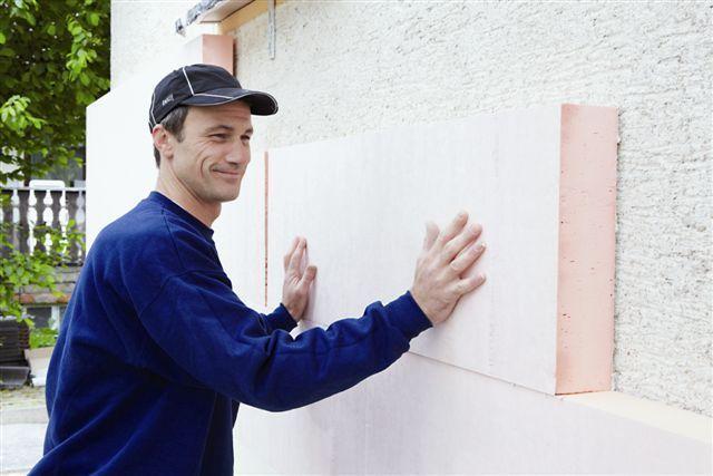 Při práci na zateplení fasád je důležité dbát na detaily.